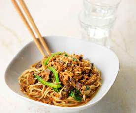 香菇肉臊炒面