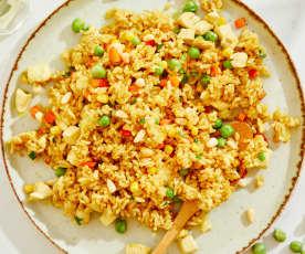 咖喱杂蔬鸡肉炒饭