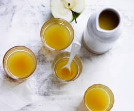 热姜黄苹果汁