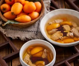 鲜枇杷蜜枣瘦肉汤