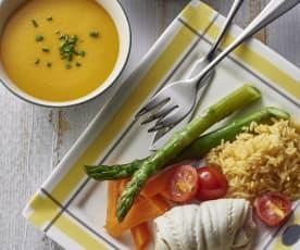 番茄南瓜汤、清蒸鱼排时蔬配饭和水果奶酥派