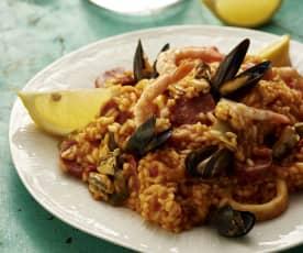 地中海海鲜饭配西班牙辣香肠