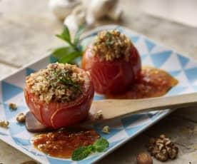 蘑菇坚果镶番茄