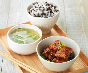 豆瓣粉蒸排骨饭+青菜蛋花汤