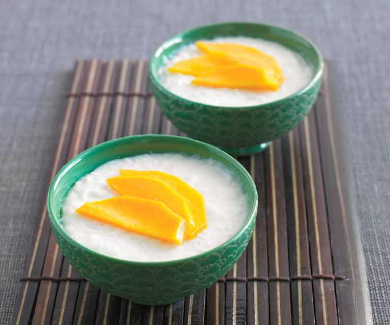 Arroz doce com leite de coco e manga
